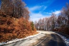 De weg van de berg royalty-vrije stock afbeeldingen