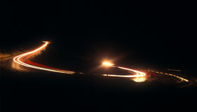 De weg van de berg bij nacht. Stock Afbeeldingen