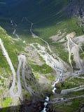 De weg van de berg in Noorwegen Royalty-vrije Stock Afbeelding