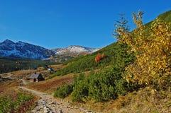 De weg van de berg in vallei Gasienicowa Royalty-vrije Stock Afbeeldingen