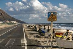 De weg van de kust royalty-vrije stock afbeeldingen