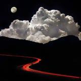 De weg van de nacht in de bergen Stock Foto's