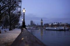 De weg van de rivier in Londen. Stock Foto's
