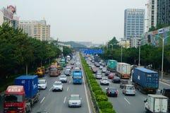 107 de Weg van de staat, Shenzhen, Baoan-sectie van het verkeerslandschap Stock Foto