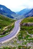 De weg van de Transfagarasanberg, de Roemeense Karpaten Royalty-vrije Stock Afbeeldingen