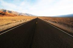 De weg van de woestijn Royalty-vrije Stock Foto