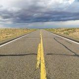 De weg van de woestijn. Stock Foto's