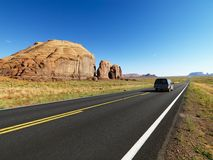De weg van de woestijn. stock afbeeldingen