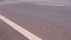 De weg van het asfalt stock videobeelden