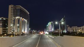 De Weg van het verkeerskunaev van de nachtstad timelapse hyperlapse Astana, Kazachstan stock footage