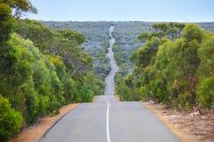 De weg van het Zuid- kangoeroeeiland Australië stock foto