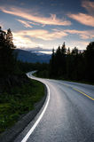 De weg van Noorwegen stock afbeeldingen