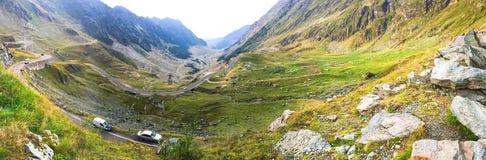 De weg van Transfagarasan in Roemenië Royalty-vrije Stock Afbeeldingen