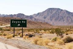 De weguitgang van Zzyzx in Californië Stock Foto's
