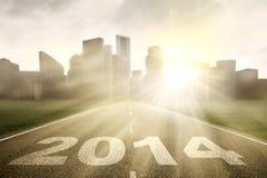 De wegweg aan nieuwe reis in 2014 Stock Foto