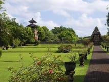 De weide van de Tempel van Ayun van Taman stock foto's