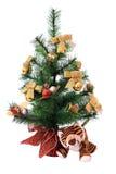 De welp van de tijger onder de nieuw-jaarboom. Stock Afbeeldingen