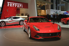 De Wereld première-Genève 2012 van Berlinetta van Ferrari F12