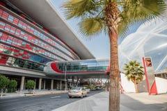 De Wereld van Ferrari van het vermaakcentrum in Abu Dhabi Royalty-vrije Stock Foto