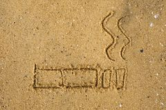 31 de Wereld van mei geen tabaksdag Nr - het roken Dagvoorlichting Teken op zand op strand wordt getrokken dat Royalty-vrije Stock Foto