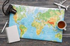 De wereldconcept van de bedrijfsreis reizend kaart Royalty-vrije Stock Afbeeldingen