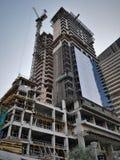 De werken aangaande de bouw van een flatgebouw royalty-vrije stock foto