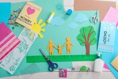 De werkplaats van het kind met materiaal royalty-vrije stock foto's