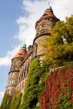 De westelijke voorgevel van Ksiaz-kasteel met twee torens in Walbrzych Royalty-vrije Stock Foto's