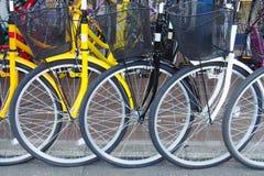 De wielen van de fiets Stock Afbeeldingen