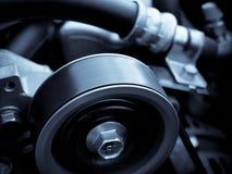 De wielen van de motor van een auto Stock Fotografie