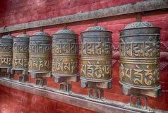 De wielen van het gebed in Nepal Stock Fotografie