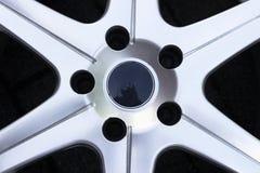 De wielen van de tweede handlegering in opslag, de randen van de Aluminiumlegering Stock Afbeeldingen