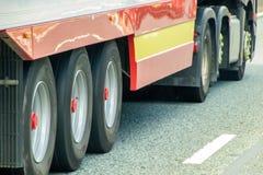 De wielen van de vrachtwagen royalty-vrije stock afbeelding