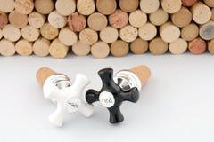 De wijn kurkt en kurken Stock Foto