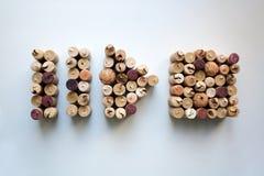 De wijn kurkt pauze, spel en eindeknoopvormen royalty-vrije stock foto