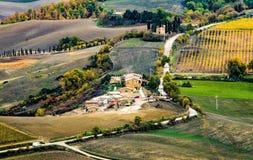 De Wijngebieden van Toscanië - Montalcino royalty-vrije stock foto