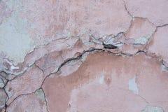 De wijnoogst beschadigde Roze Muurtextuur Stock Foto