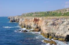 De wilde kust van Yailata, Bulgarije stock afbeeldingen