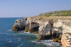 De wilde kust van Yailata, Bulgarije Stock Fotografie