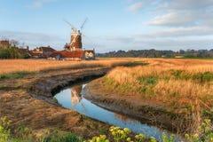 De windmolen in Cley daarna het Overzees royalty-vrije stock afbeeldingen