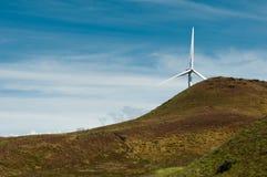 De windmolen hiden boven heuvel Colorado stock fotografie