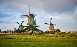 De Windmolenpark van Zaanseschans, Nederland stock foto