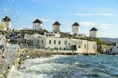 De Windmolens van Mykonos Stock Foto's