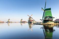 De windmolens in Zaanse Schans Stock Foto