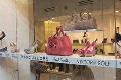 De winkel van de de handtasmanier van schoenen Stock Afbeelding