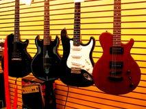 De Winkel van de gitaar Stock Afbeeldingen
