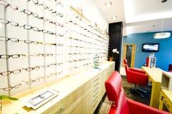 De winkel van de opticien Stock Afbeelding