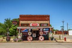 De Winkel van de Sandhillsnieuwsgierigheid in Erick, Oklahoma wordt gevestigd dat Royalty-vrije Stock Afbeeldingen