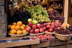 De Winkel van het fruit in Siena Royalty-vrije Stock Foto