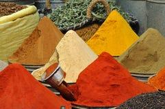 De winkel van kruiden in Fes, Marokko Royalty-vrije Stock Afbeelding